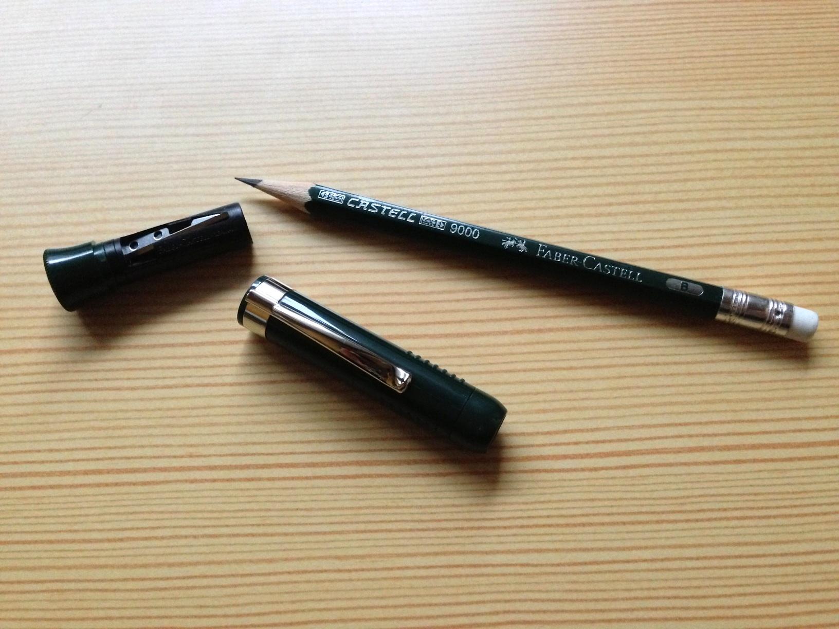 小日向京のひねもす文房具|第十二回「ファーバーカステル パーフェクトペンシル」