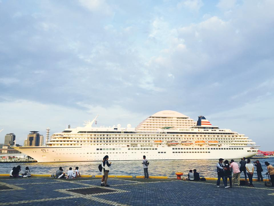 大型客船 飛鳥 Ⅱ 入港