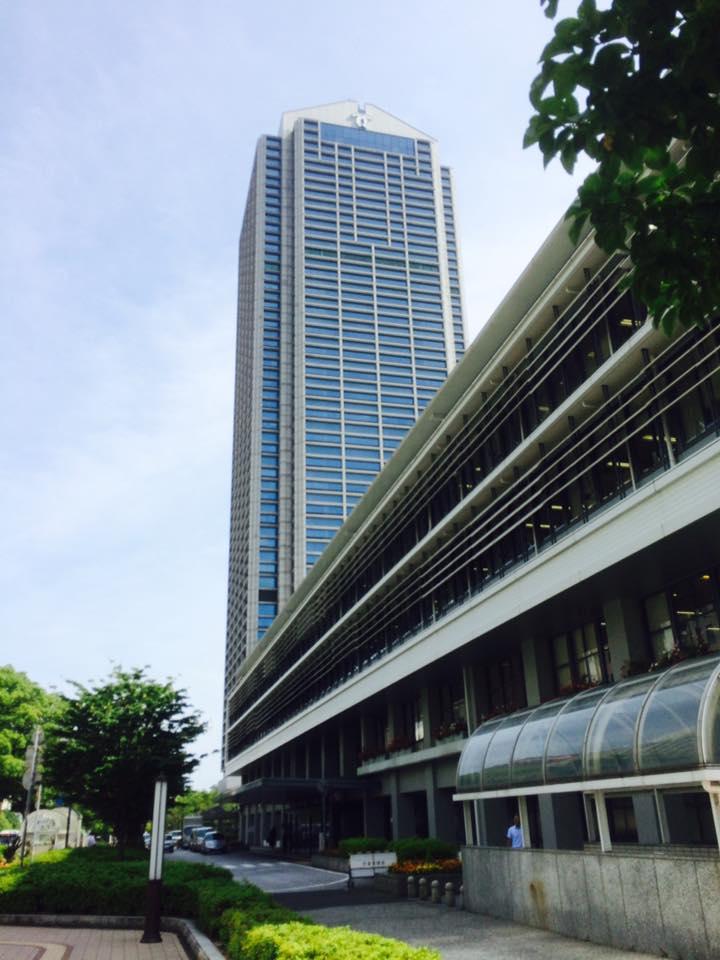 神戸市役所にて