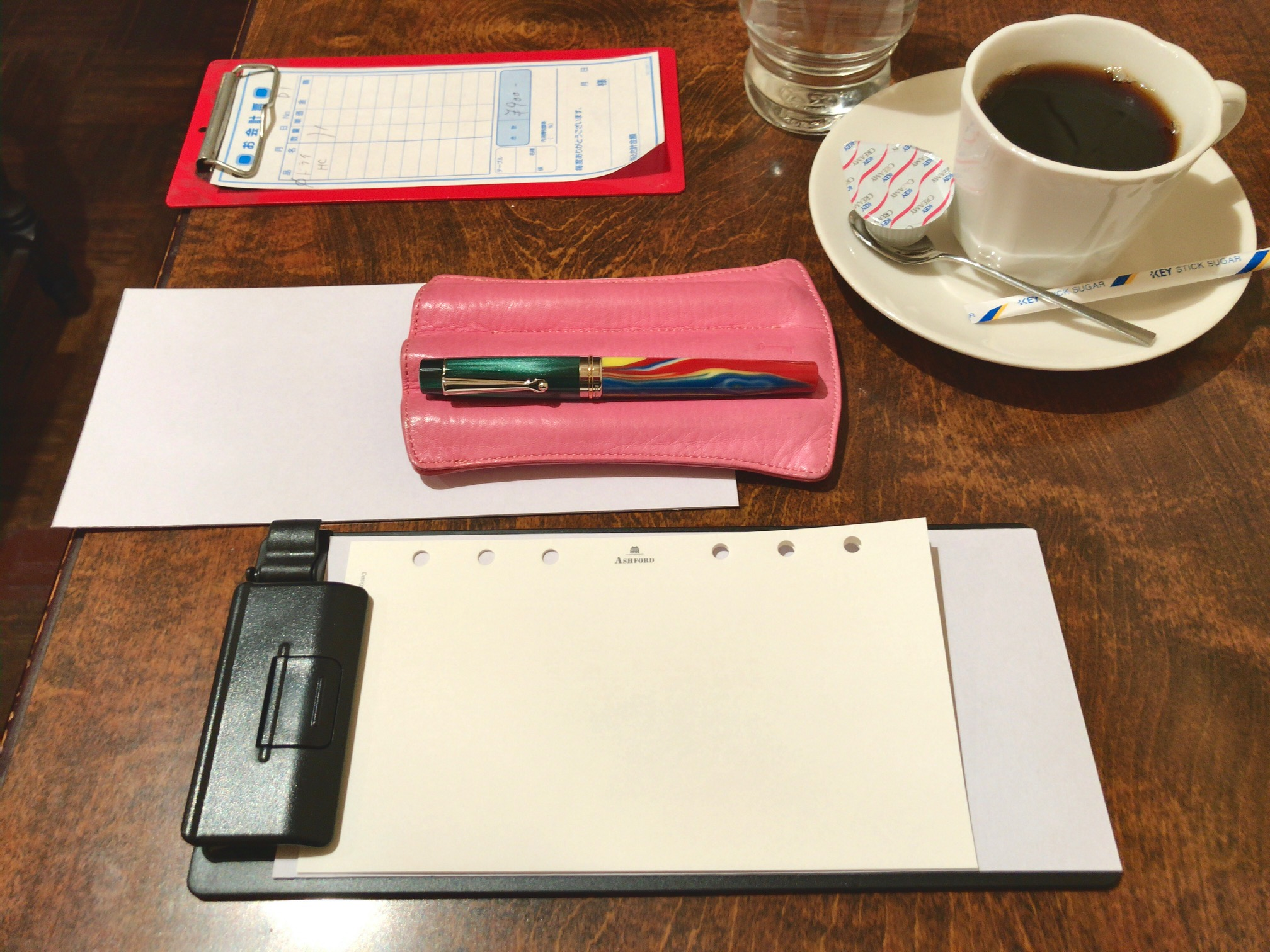 小日向京のひねもす文房具|第百二十九回「システム手帳を忘れてしまった時の伝票挟み」
