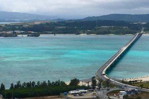 沖縄の海へ