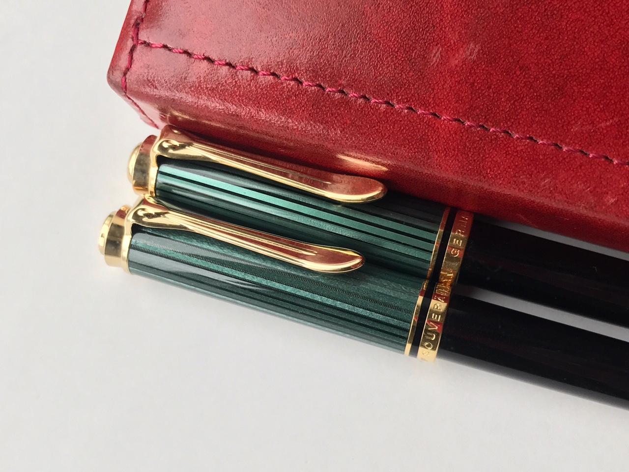 小日向京のひねもす文房具|第百四十九回「ペリカン スーベレーン K300 ボールペン 緑縞」