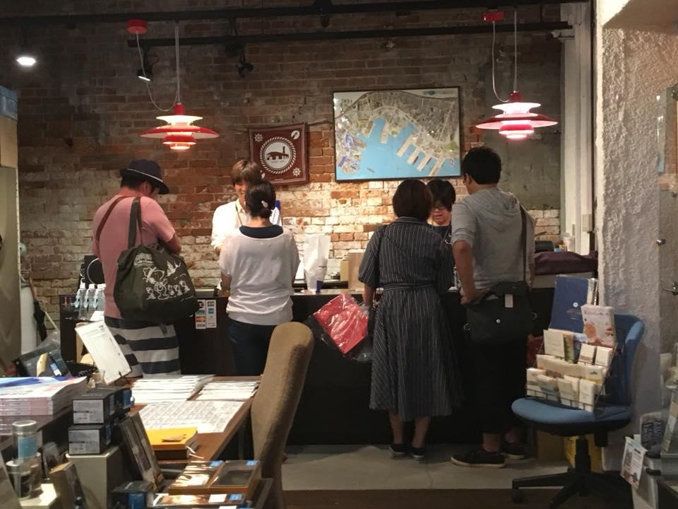 神戸煉瓦倉庫店の一日