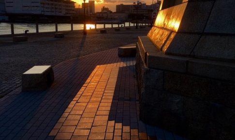 夕刻の神戸煉瓦倉庫界隈へ