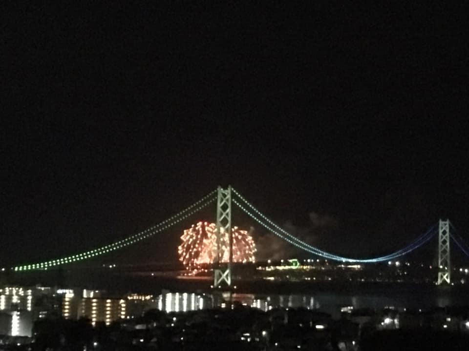 ペットボトル製の明石海峡大橋