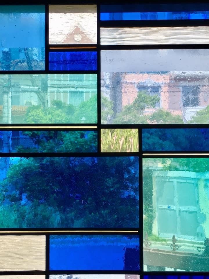 旧北野小学校のステンドグラス